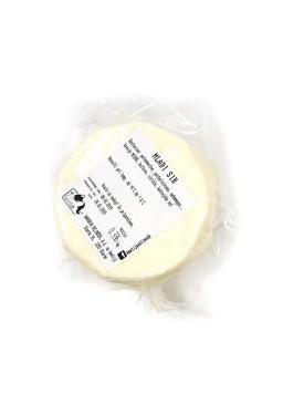 Mladi sir cca. 0,3 kg (Kmetija Selinšek)